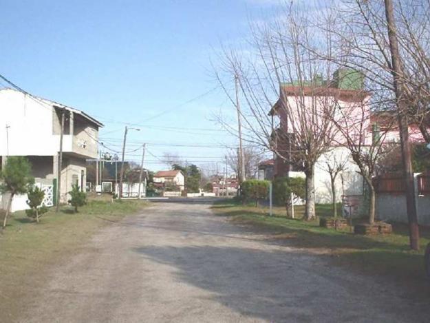 VF305 Lote: Calle 47 entre calle 1 y Avda. Costanera