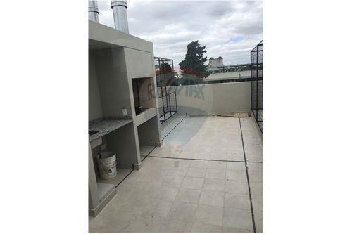Monoambiente en DUPLEX con cochera y terraza