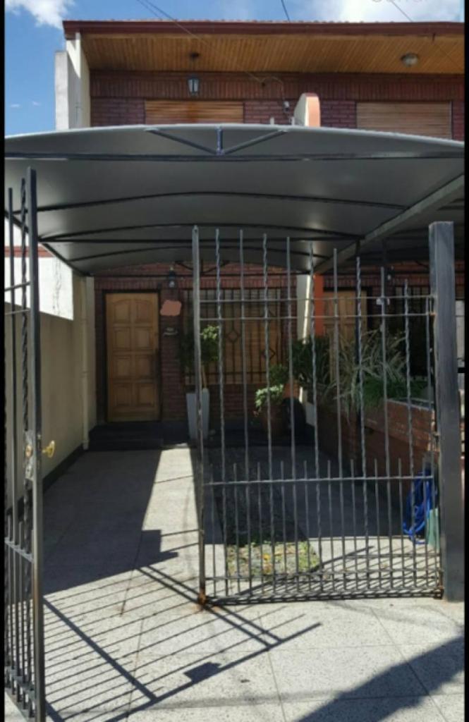 Excelente Duplex en Venta. Ramos Mejia