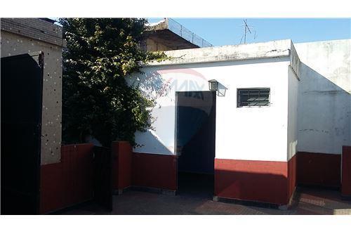 PH 3 amb al fondo c/ garage y terraza p/construir